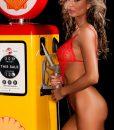 topless-waitress-melbourne-portia-10